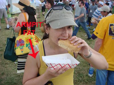 rebecca-eating-a-sandwich